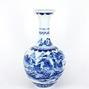 青花山水賞瓶